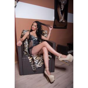 Mirella 23 Jahre - Villa Marisol