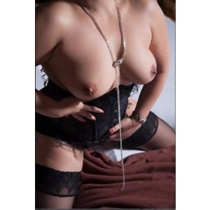 Valerie 42 Jahre - Maxim